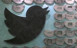 Twitter spies