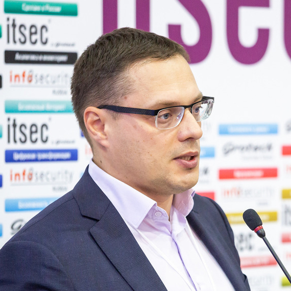 Komarov Vitaliy