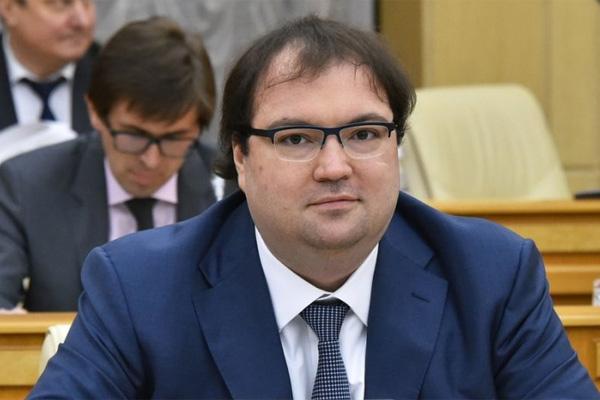 Новый министр связи предложил открыть личные данные граждан всем силовикам