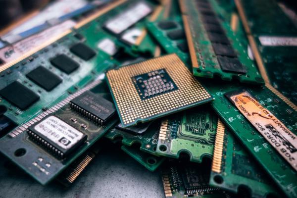 Ученые научились скрывать вредоносы с помощью спекулятивного режима процессоров