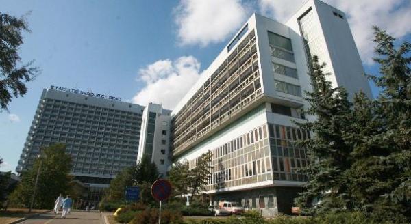 Больница отменила хирургические операции из-за кибератаки