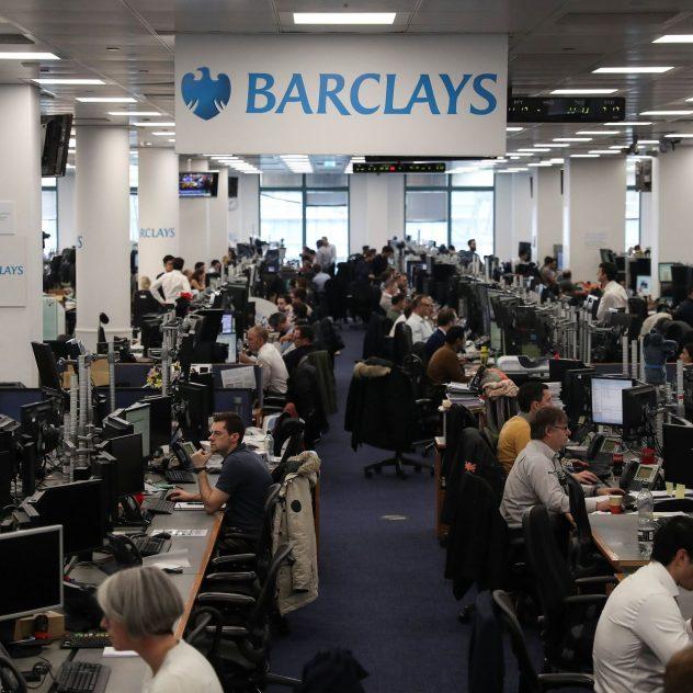 Банк Barclays уличили в слежке за сотрудниками