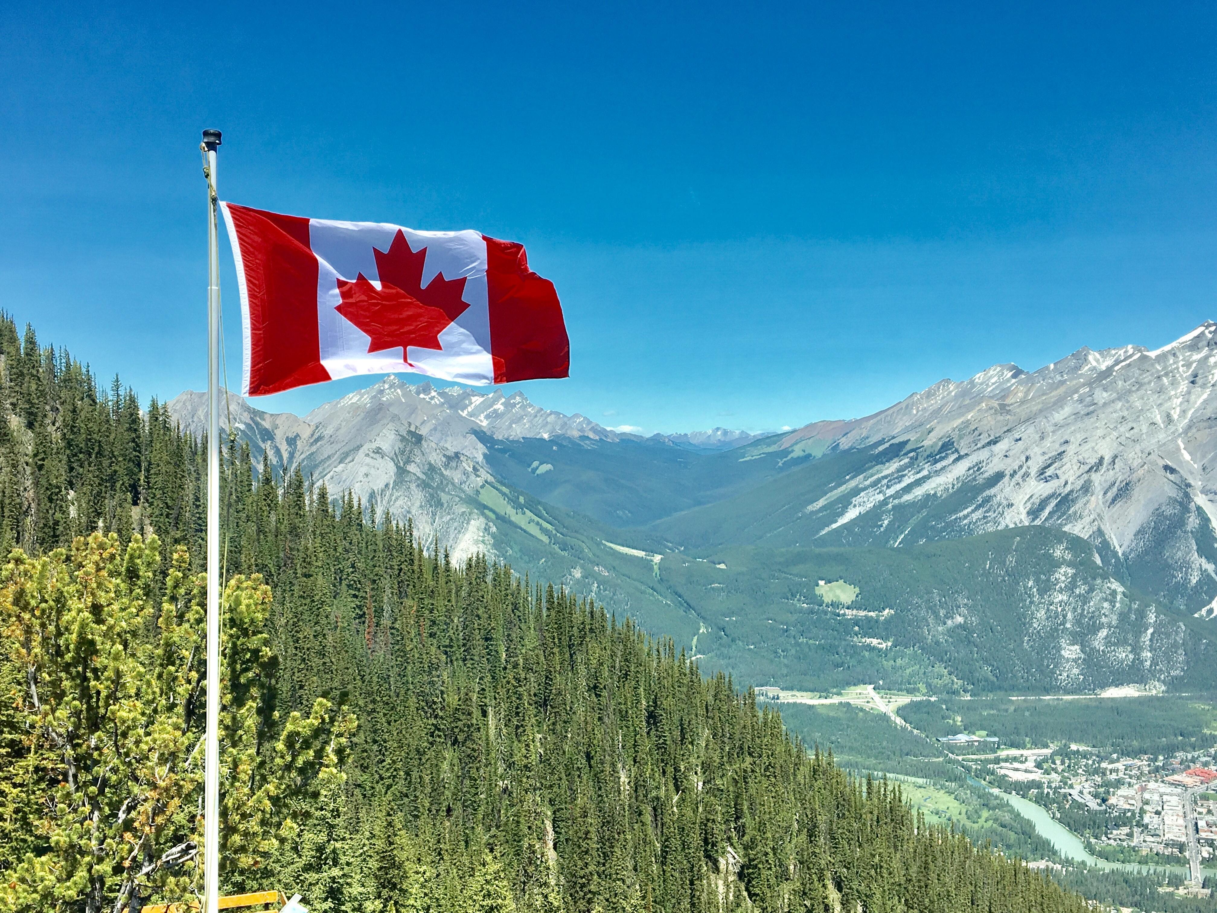 Хакеры пытаются похитить у канадских граждан матпомощь