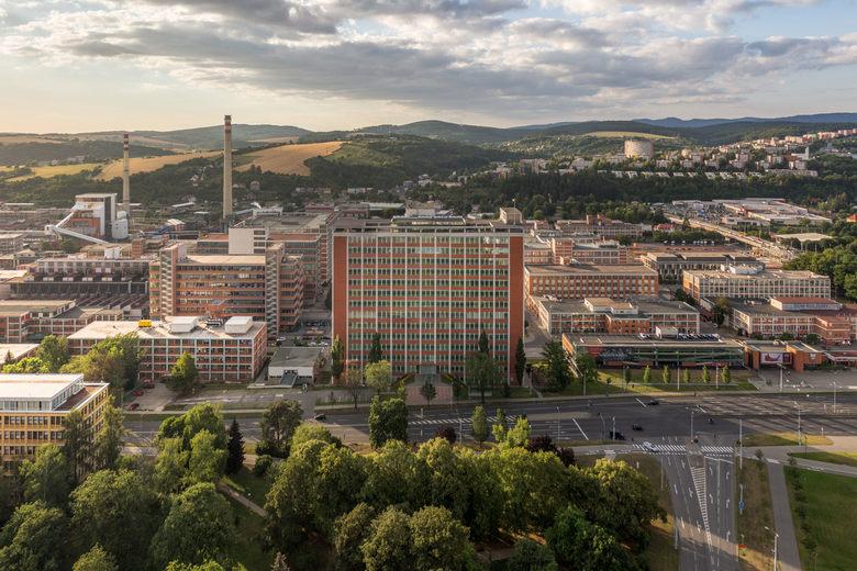 Чешский филиал Huawei заподозрили в незаконном сборе данных