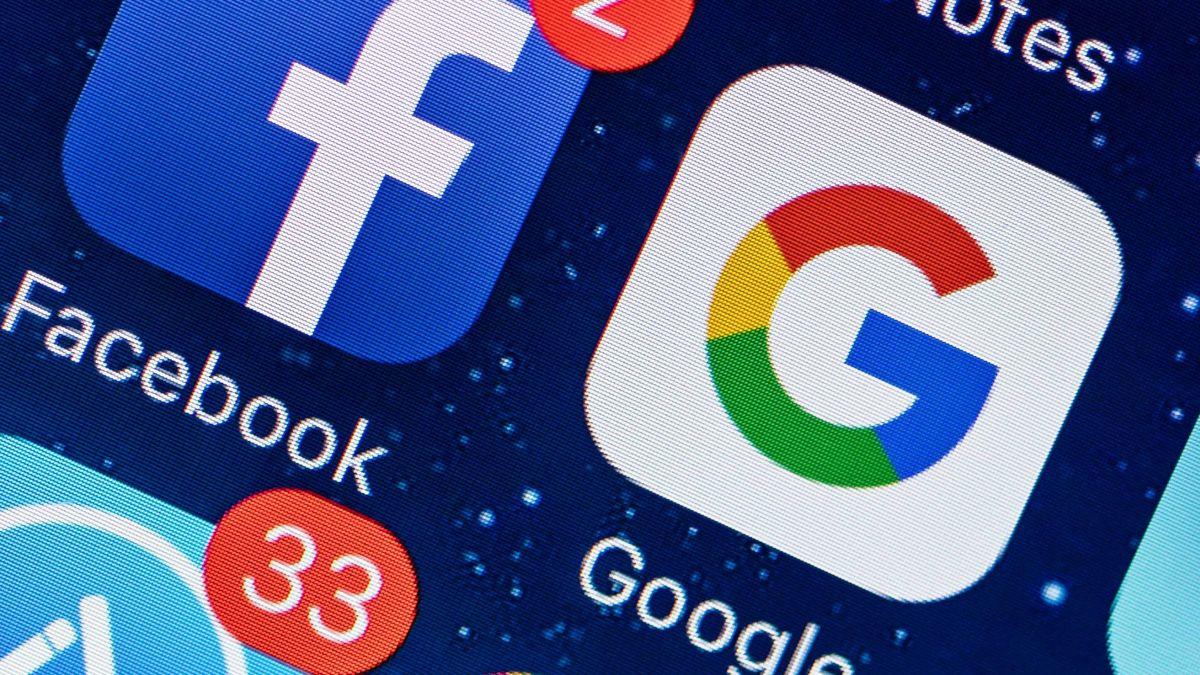 Facebook иGoogle продлили запрет наполитическую рекламу