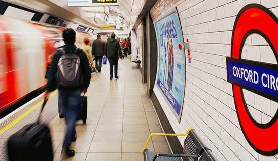 Муниципальная служба лондонского транспорта начнет отслеживать пассажиров по MAC-адресам