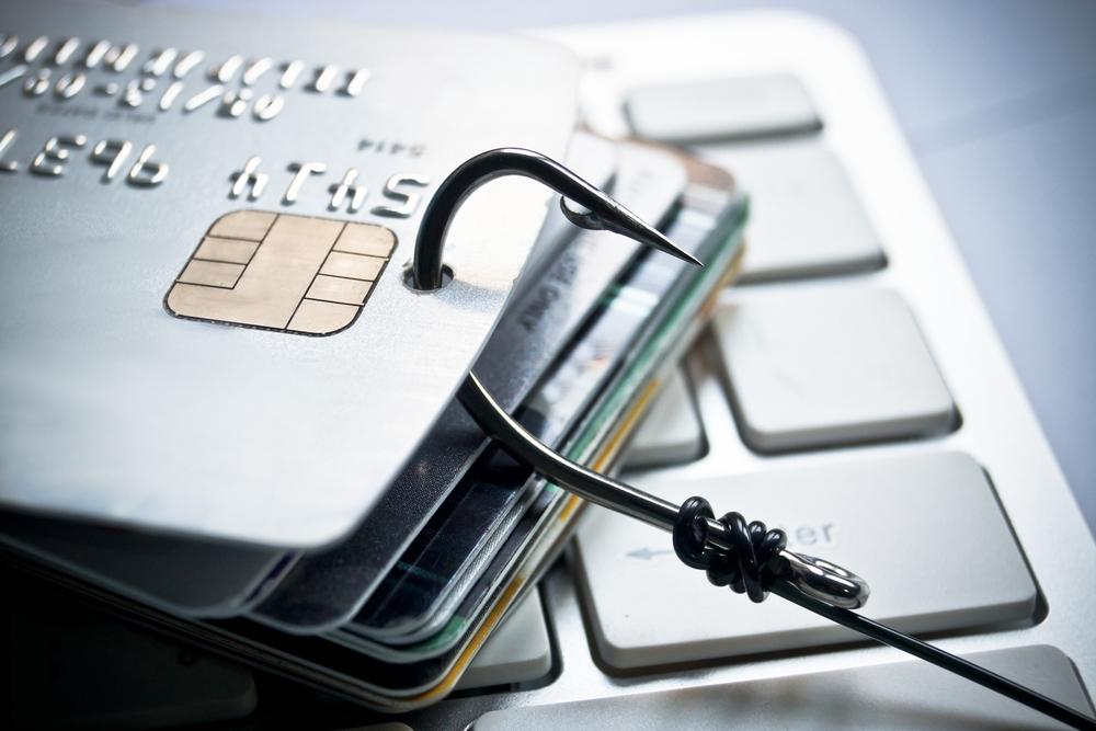 Названы страны с большим числом краж банковских карт россиян