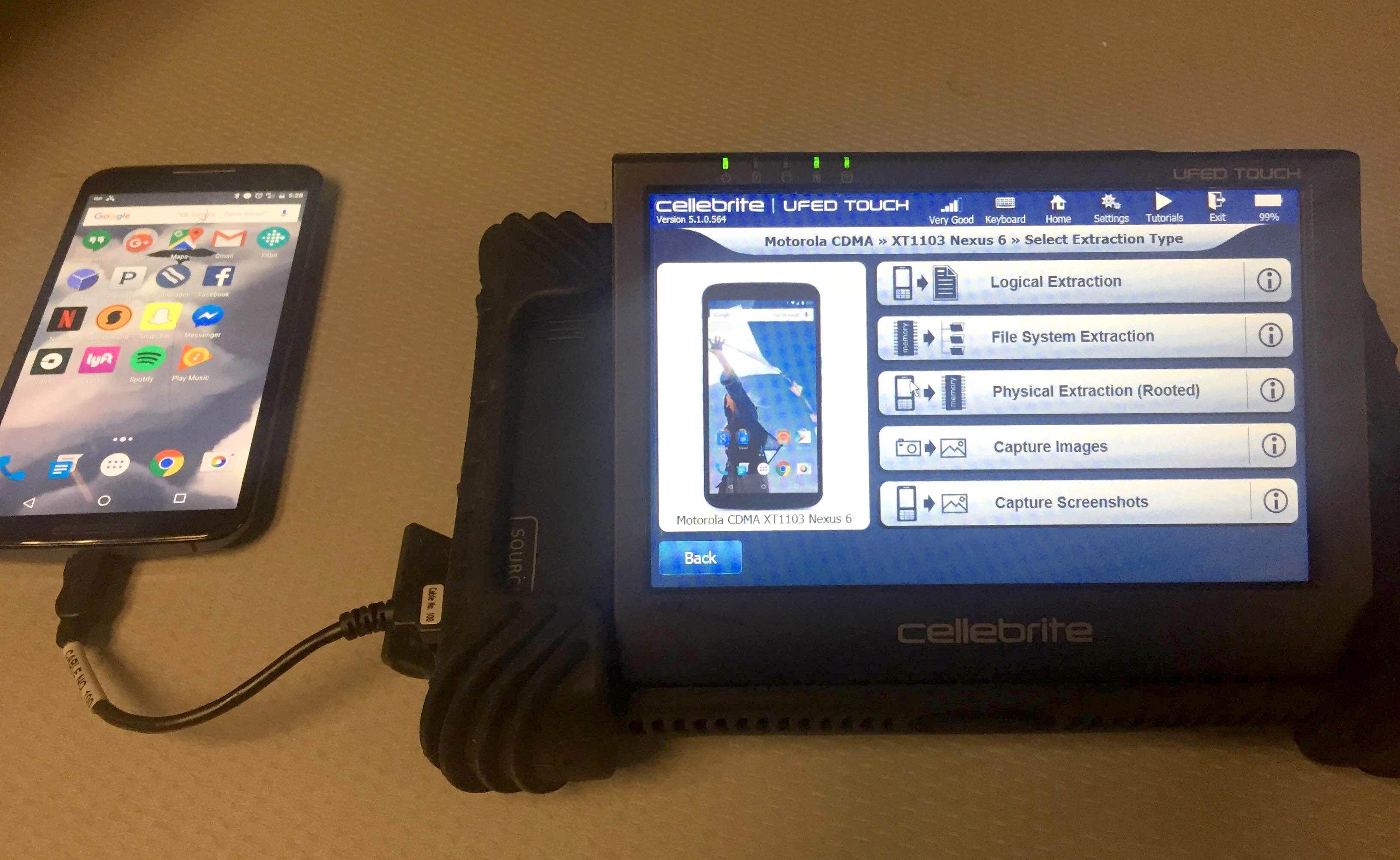 Cellebrite заявила о добавлении в свой инструмент функции для взлома Signal
