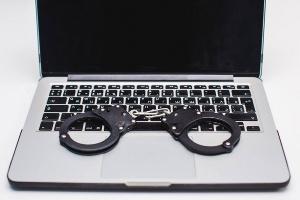 Задержаны хакеры, своровавшие более миллиона рублей с карточек россиян