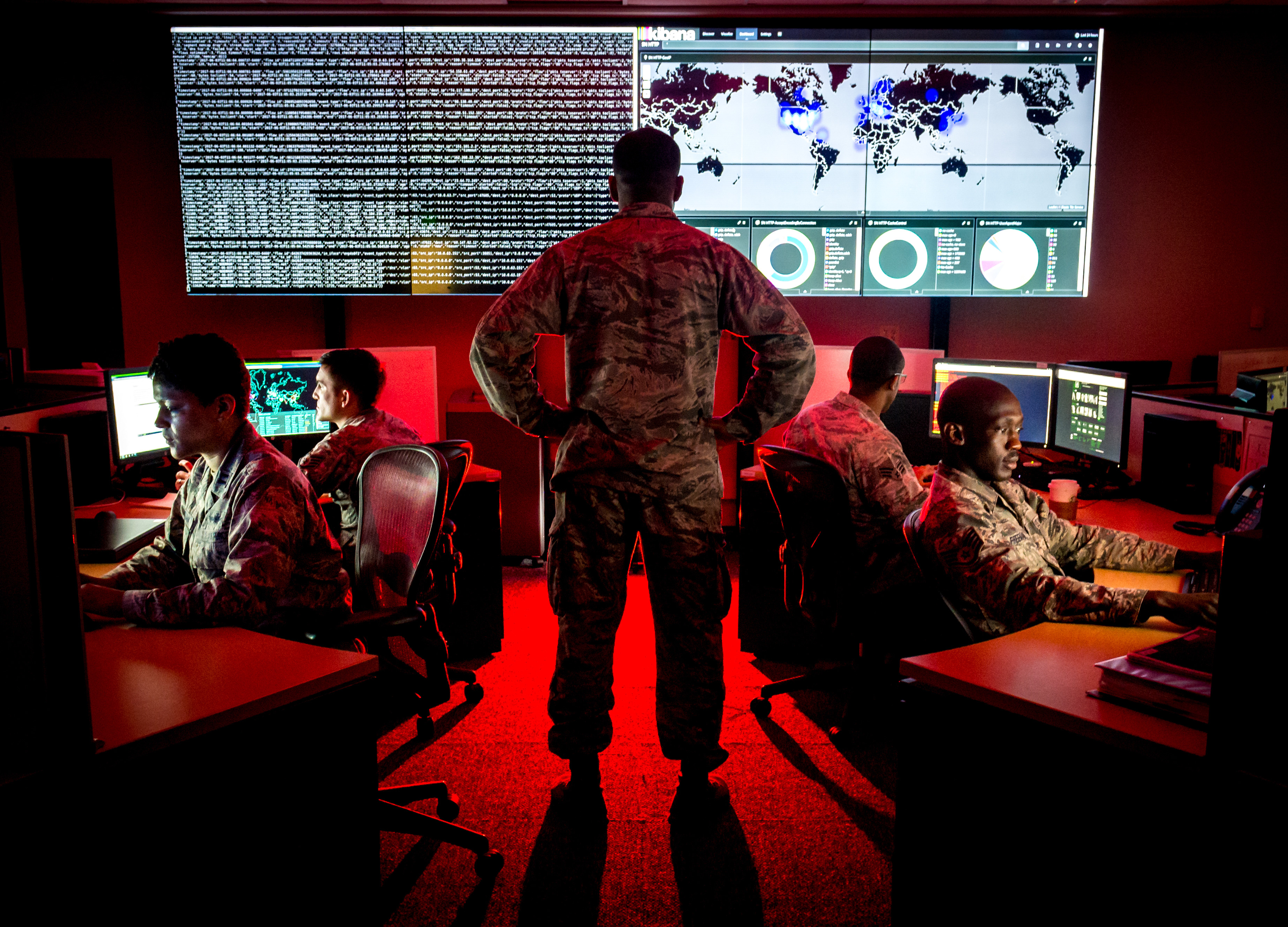 Американские СМИ сообщили о готовящихся в США кибератаках на Россию