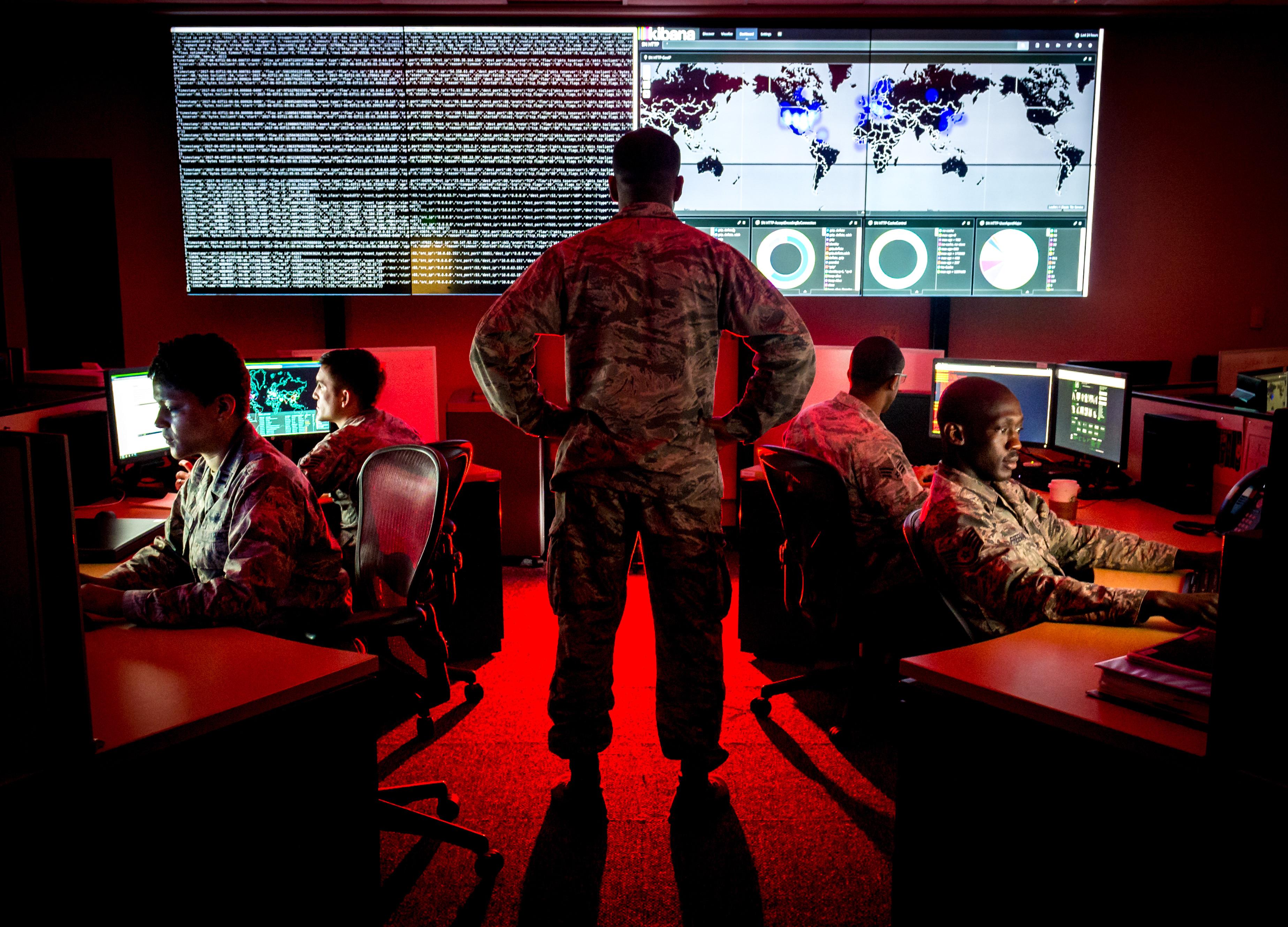 Разведка США обвинила Россию в кибератаке на SolarWinds