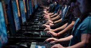 Число кибератак на компоненты с открытым исходным кодом выросло на 430% за последний год