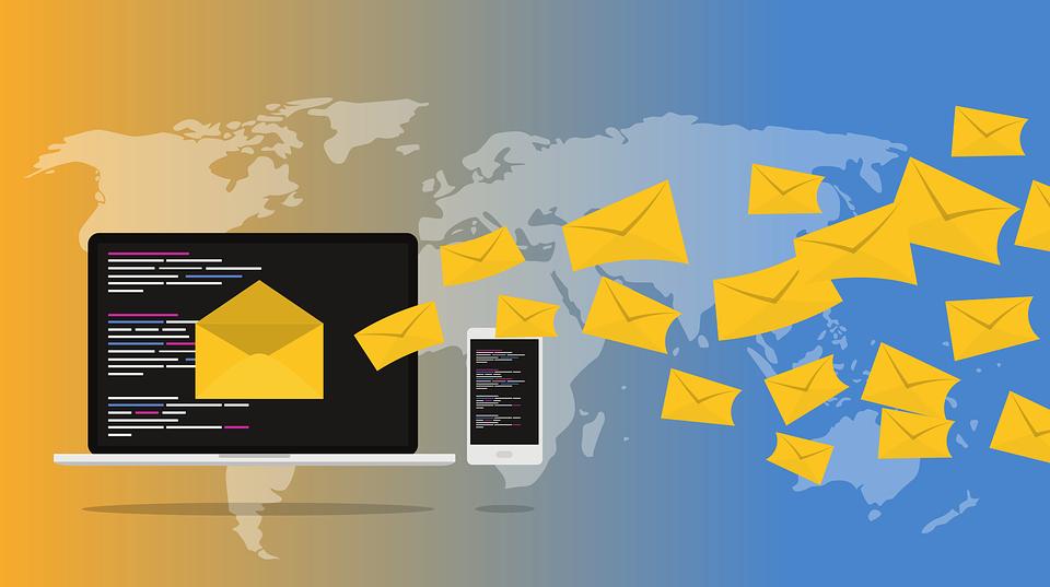 Доступ к электронной почте сотен руководителей компаний выставлен на продажу