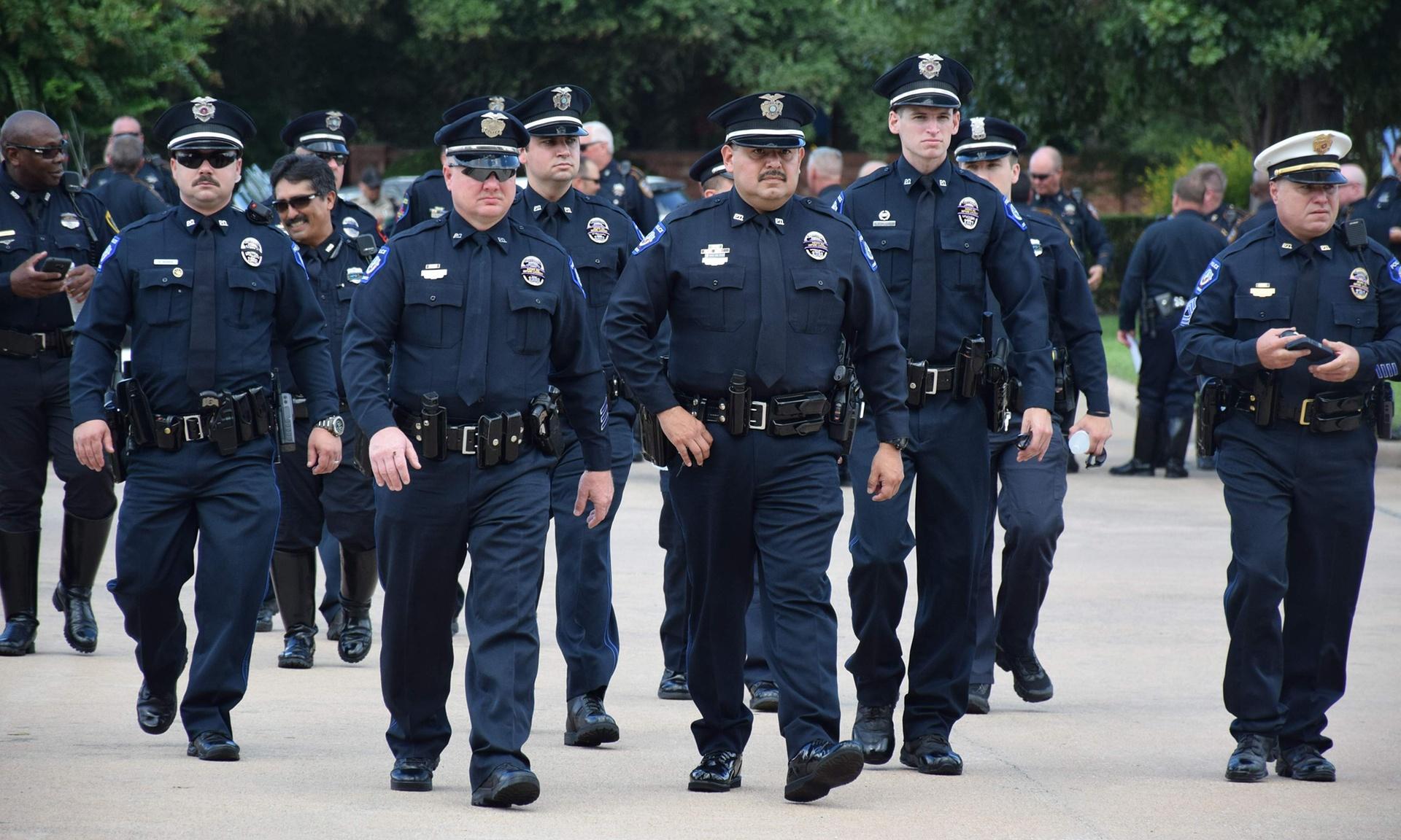 В Сети опубликованы личные данные тысяч сотрудников американской полиции и ФБР