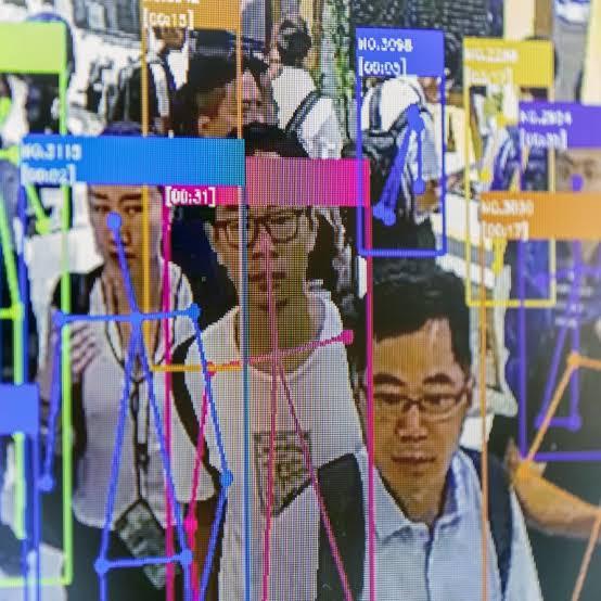 В КНР для пользования услугами связи теперь нужно проходить идентификацию по лицу