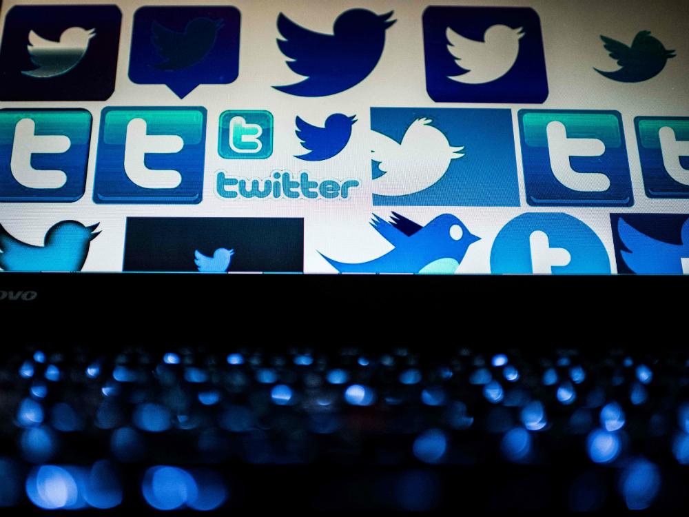 Компания Twitter удалила десятки тысяч страниц с политической пропагандой